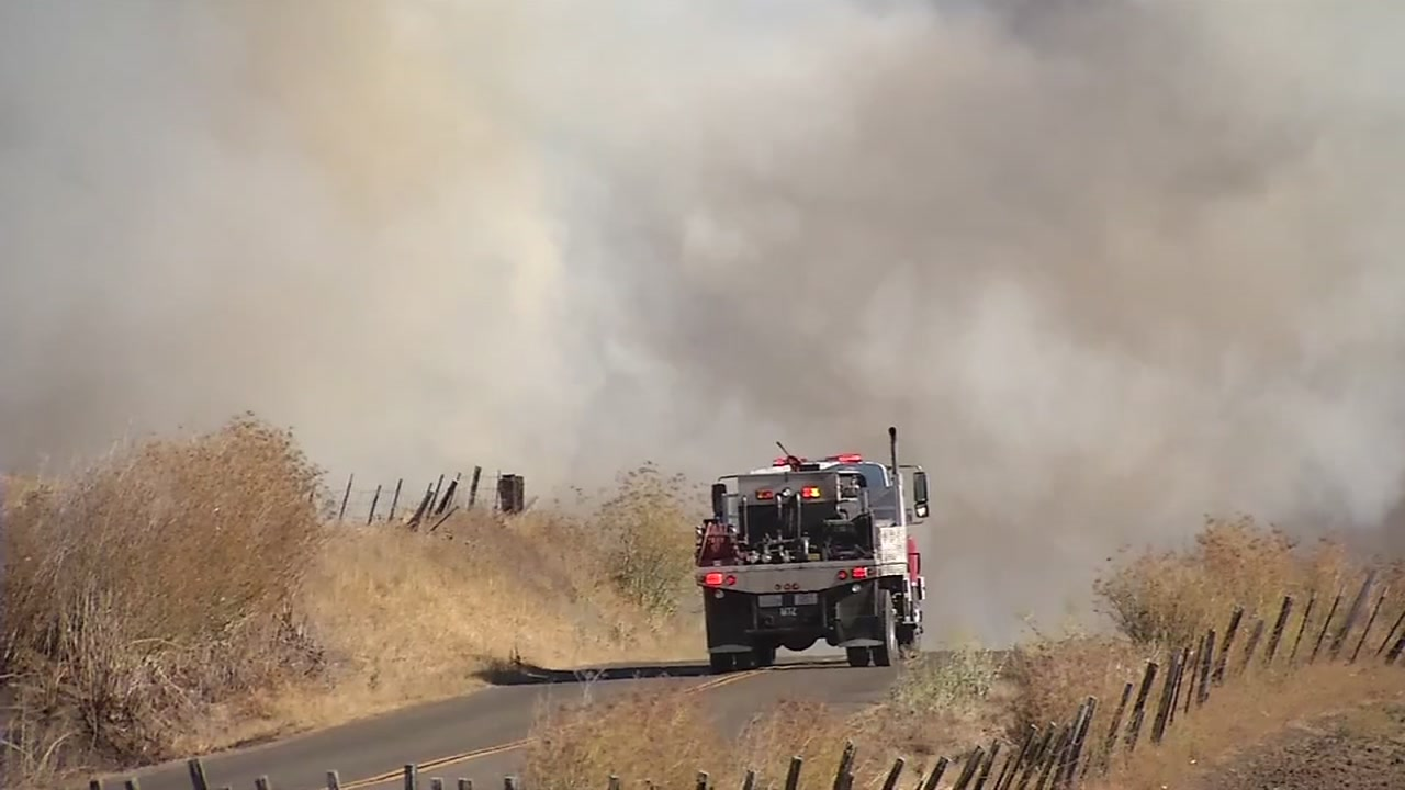 Fire crews continue to work to contain Branscombe Fire in Solano County