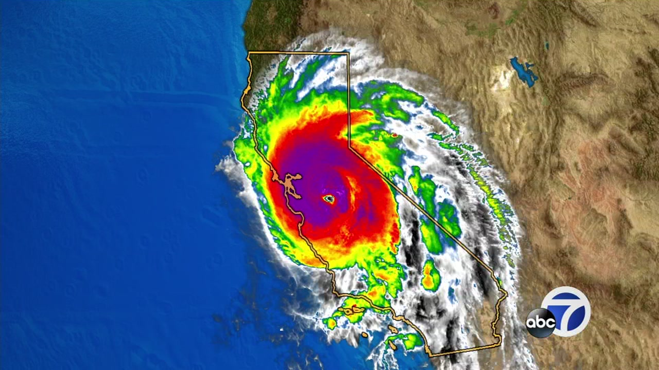 Heres how the size of Hurricane Michael compares to the state of California.