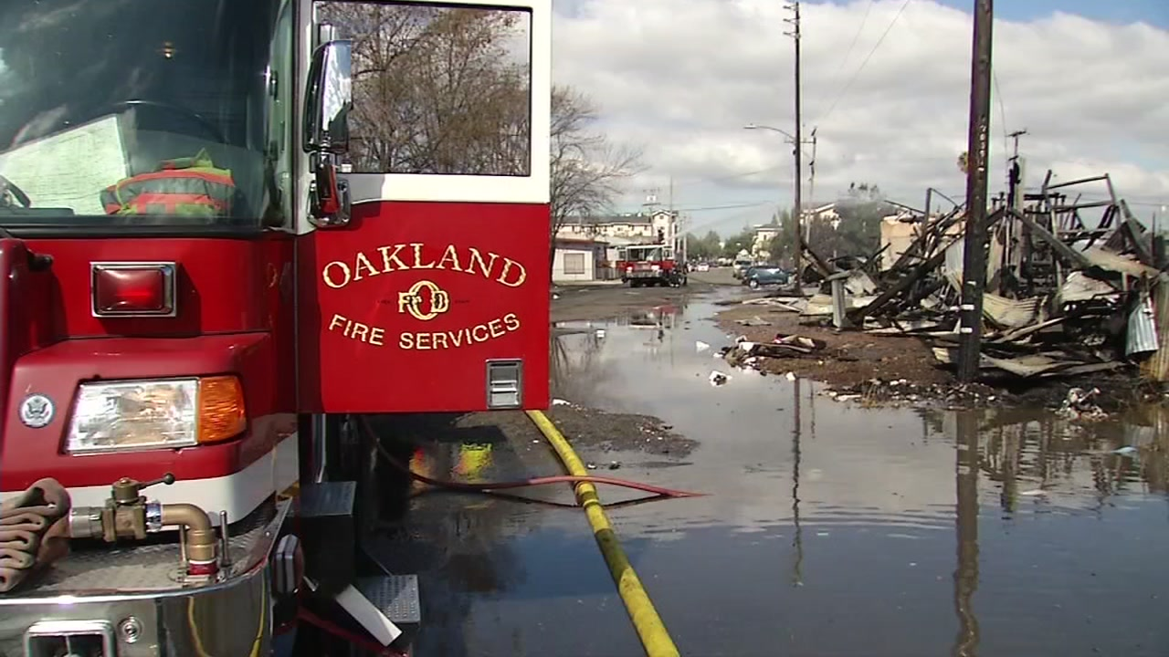 Oakland warehouse destroyed in early morning fire, future site of 59 affordable housing units
