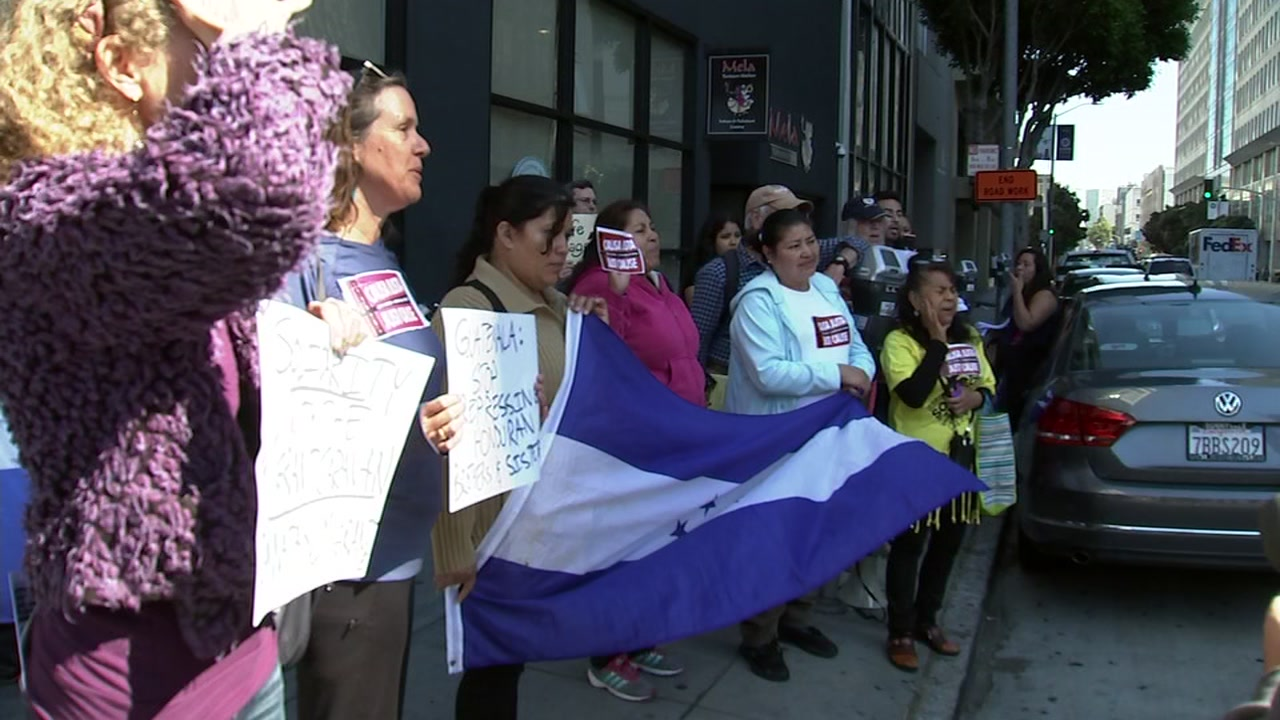 Protesters gathered outside the Guatemalan consulate in San Francisco on Oct. 19, 2018, to show solidarity with a migrant caravan that has reached the Guatemala-Mexico border.