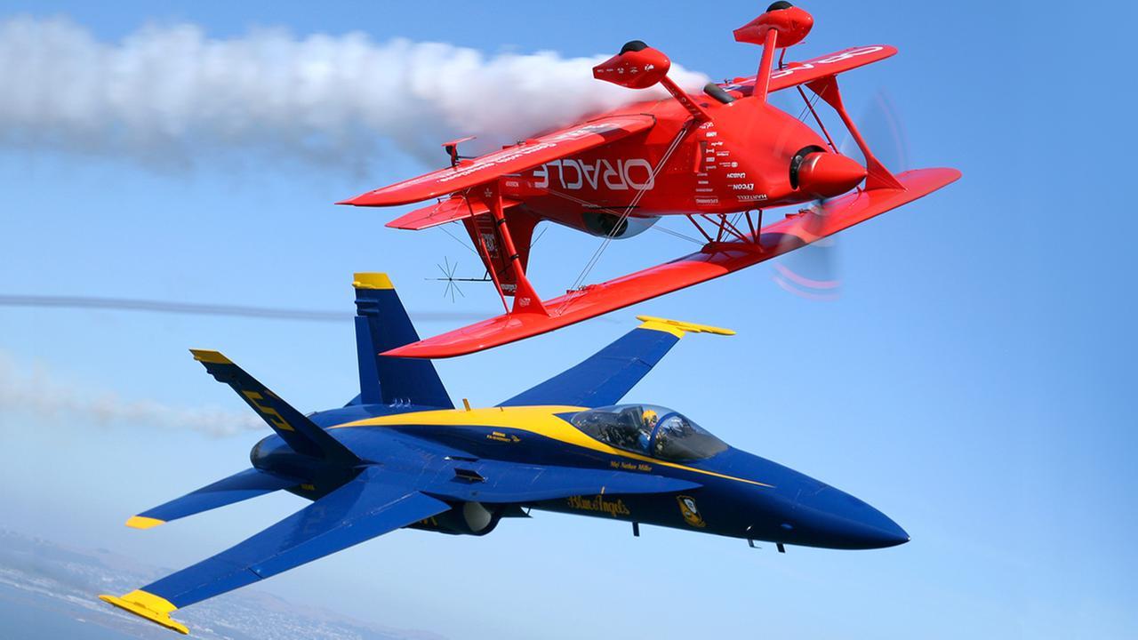Blue Angels perform in San Francisco for Fleet Week 2015
