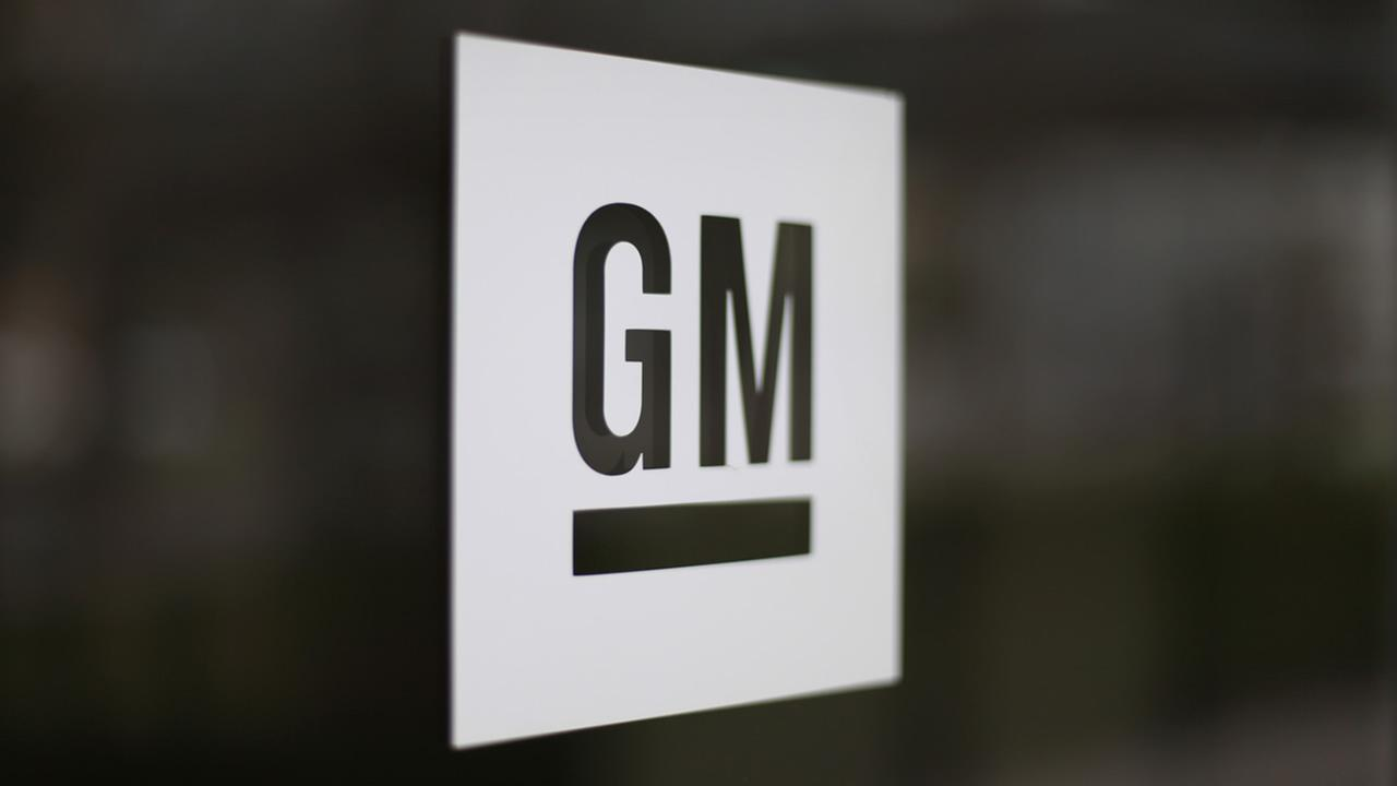 This May 16, 2014 file photo shows the General Motors logo at the companys world headquarters in Detroit. (AP Photo/Paul Sancya, File)