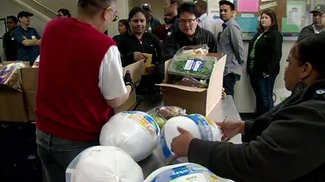 Sacred Heart Community Service food drive in San Jose, Monday, November 23, 2015.