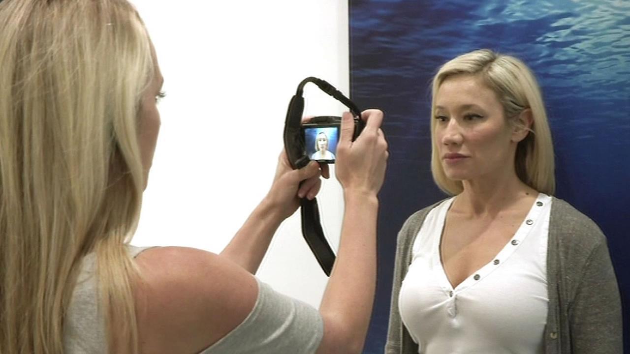 woman takes photo to predict wrinkles