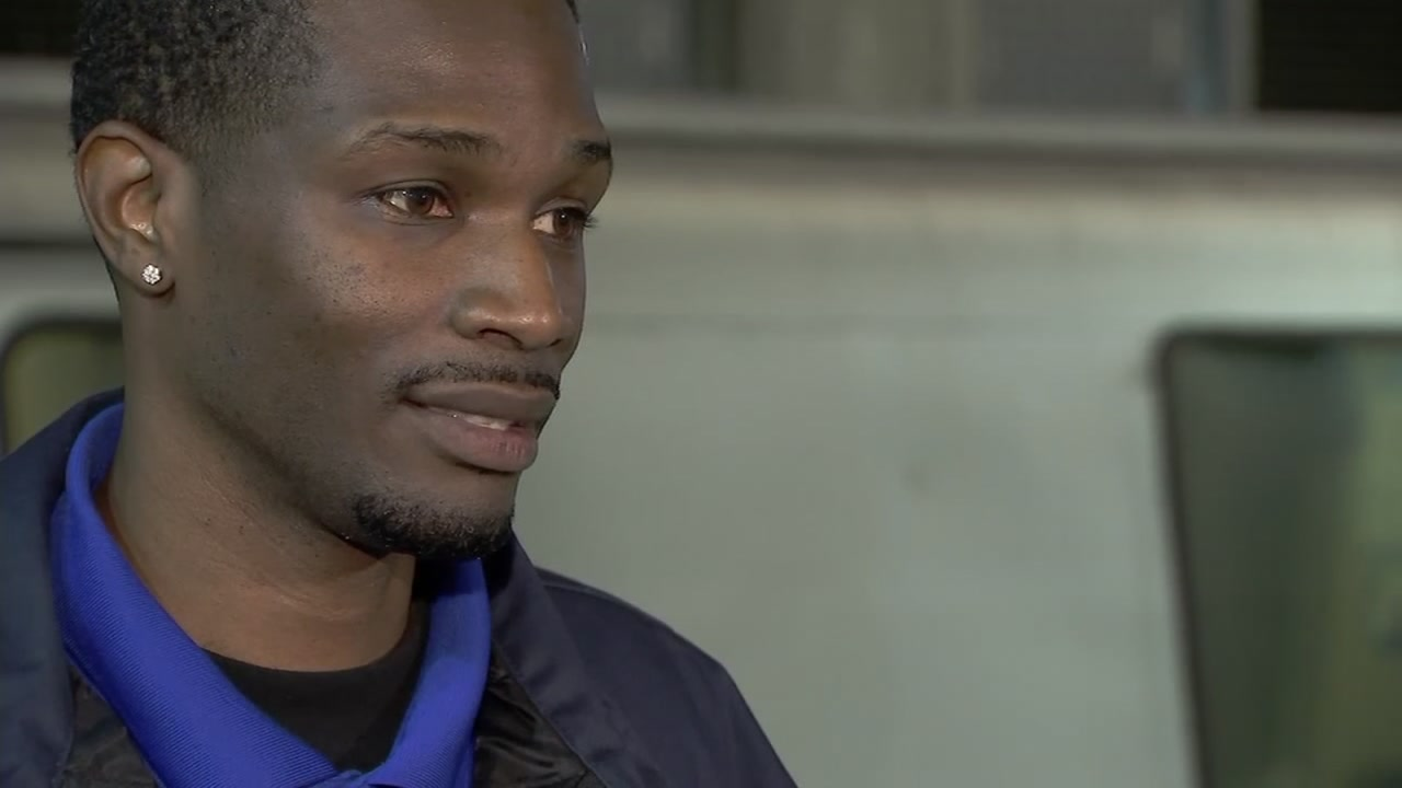 BART worker and lifesaver Vincent Seals spoke with ABC7 News on Nov. 2, 2018.