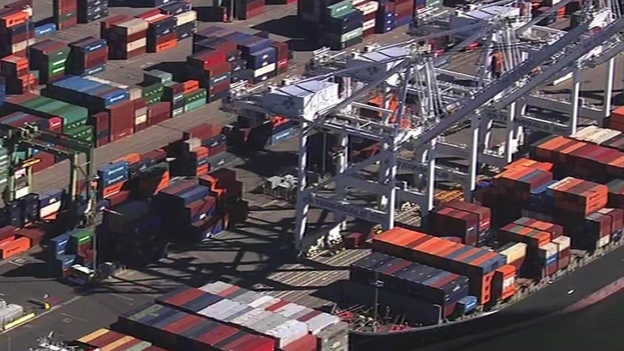 Port of Oakland cranes