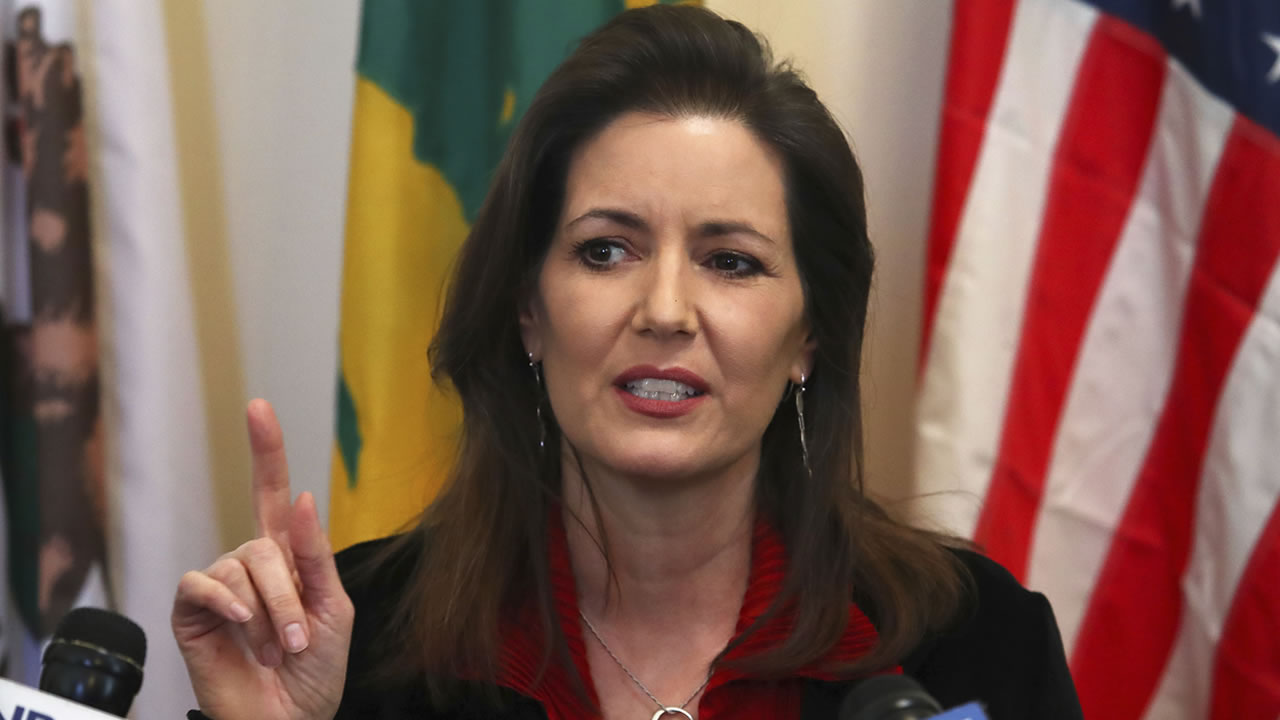 In this March 7, 2018, file photo, Oakland Mayor Libby Schaaf gestures during a news conference in Oakland, Calif.