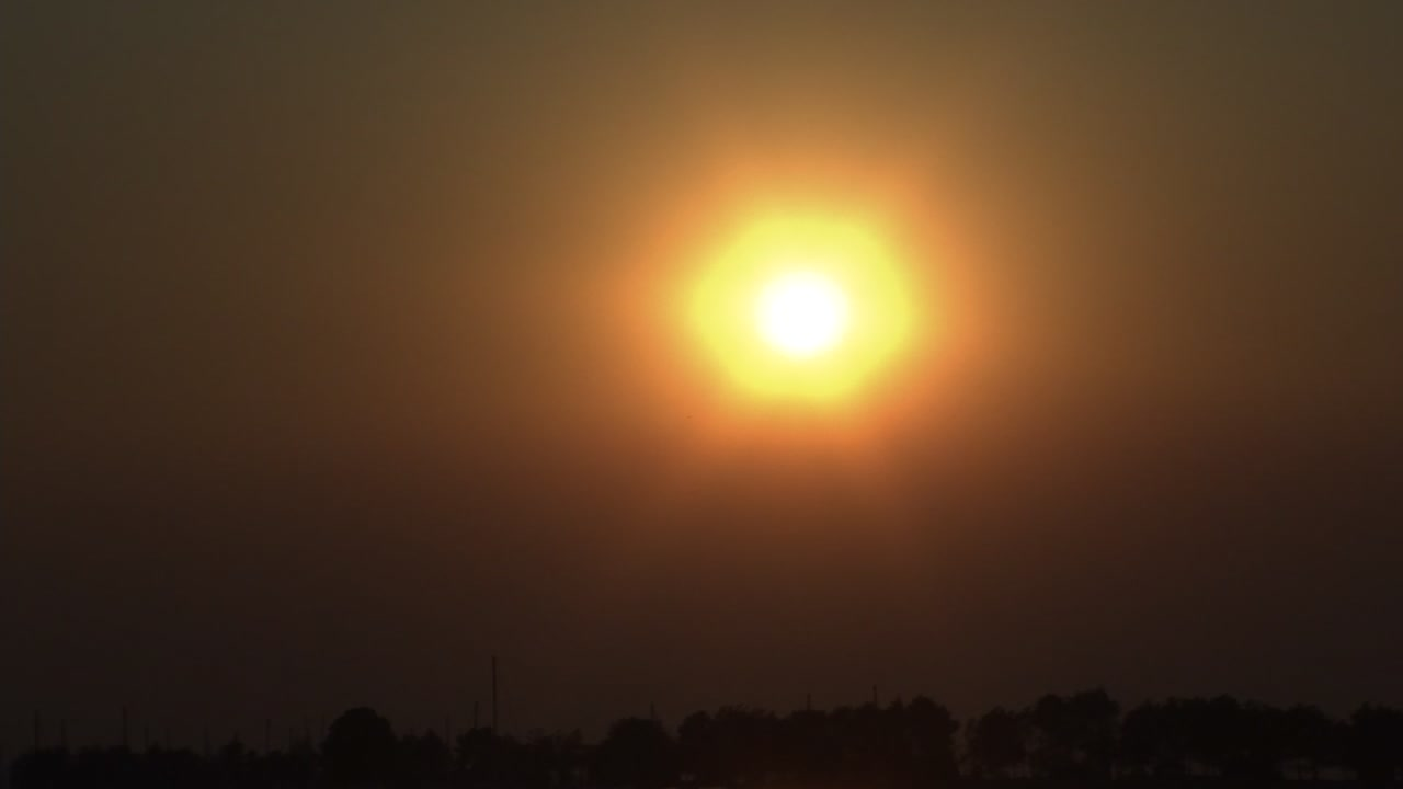The Bay Area experienced a hazy sunset on Nov. 8, 2018, because of the Camp Fire burning in Butte County, Calif.