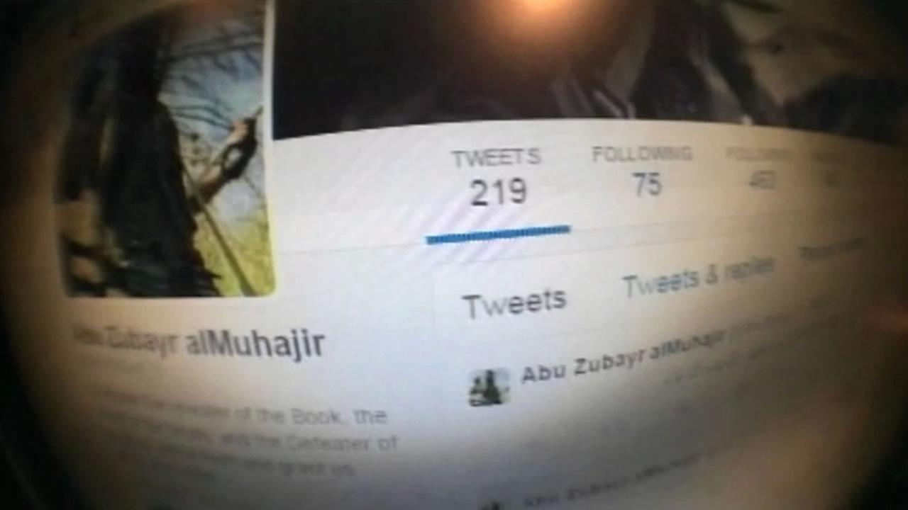 A terror expert showed ABC7 News social media pages belonging to radical groups searching for new recruits on American soil.