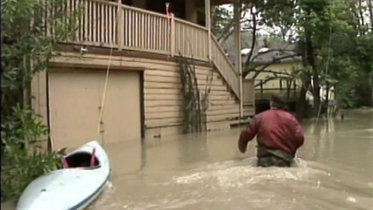 Guerneville wades through waist-high flood waters