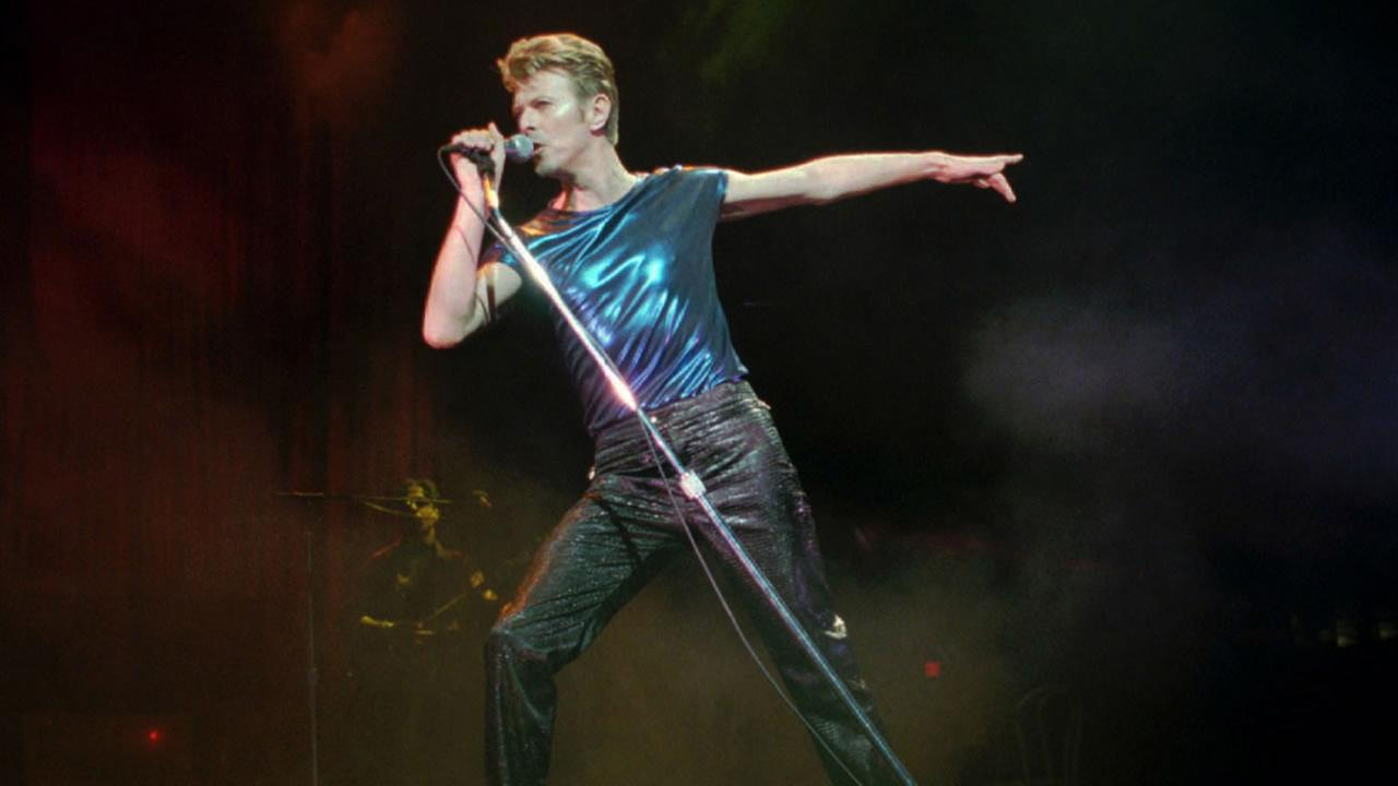 In this Sept. 14, 1995, file photo, David Bowie performs in Hartford, Conn.