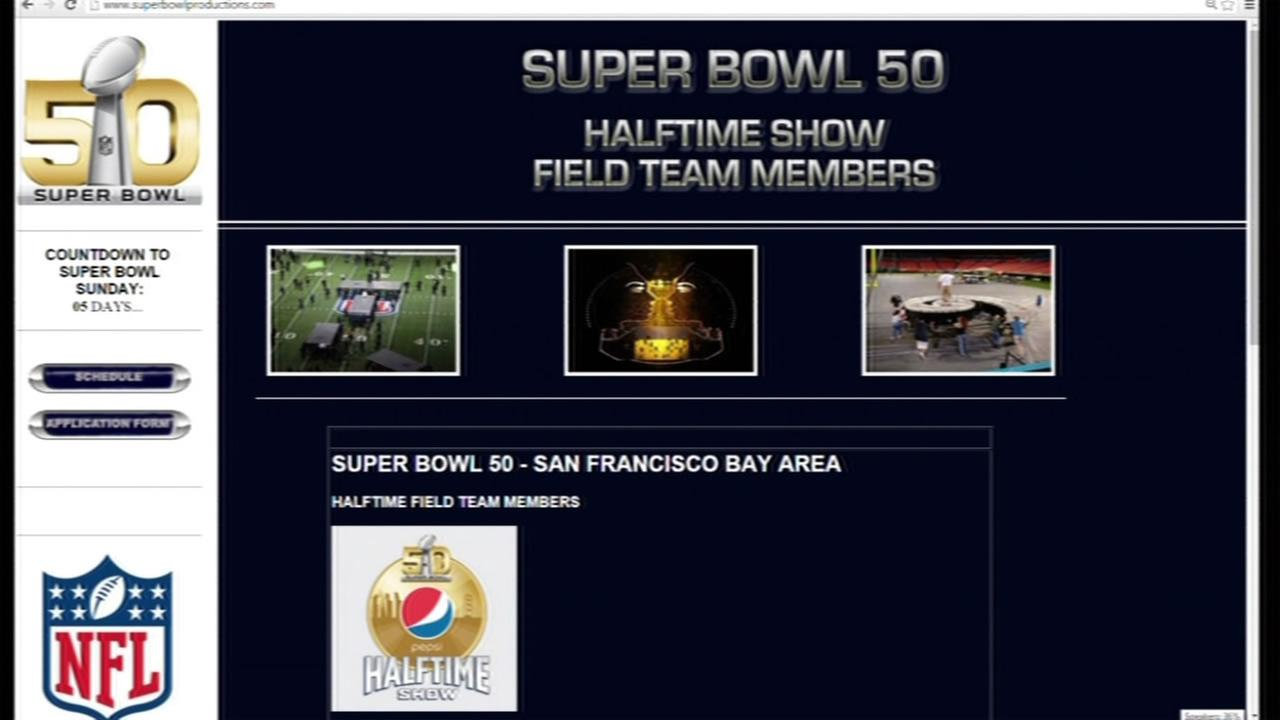 This image shows the website where Super Bowl 50 volunteers can sign up to help with the halftime show.