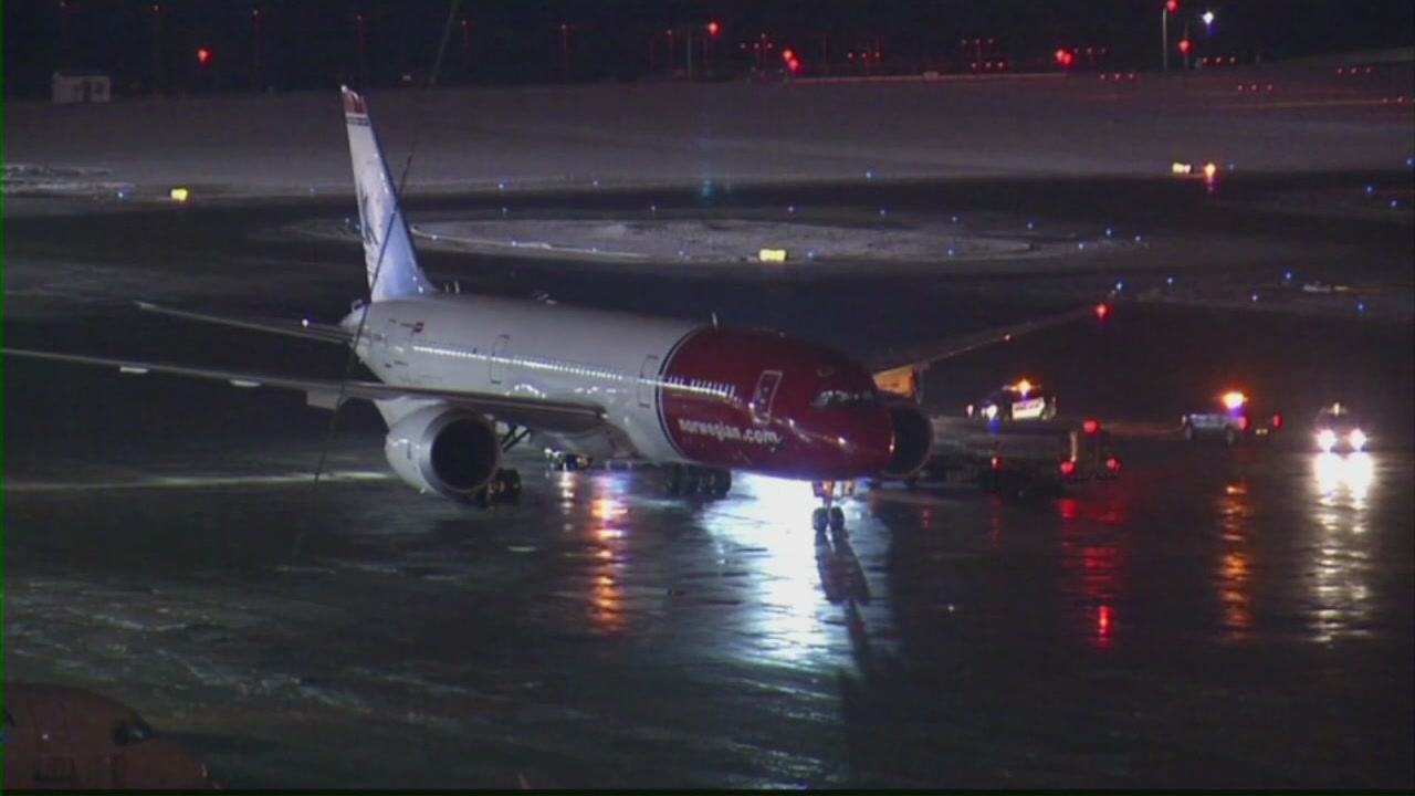 Norwegian Air Shuttle flight diverted to Minneapolis-Saint Paul International Airport on Tuesday, December 4, 2018.