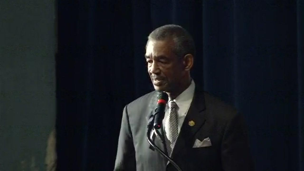Vallejo Mayor Osby Davis spoke at a public memorial service for Officer Gus Vegas in Richmond, Calif. on Friday, February 19, 2016.