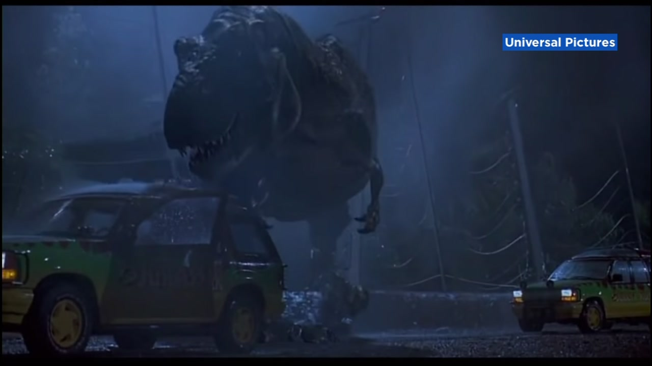A still image from Jurassic Park is pictured.