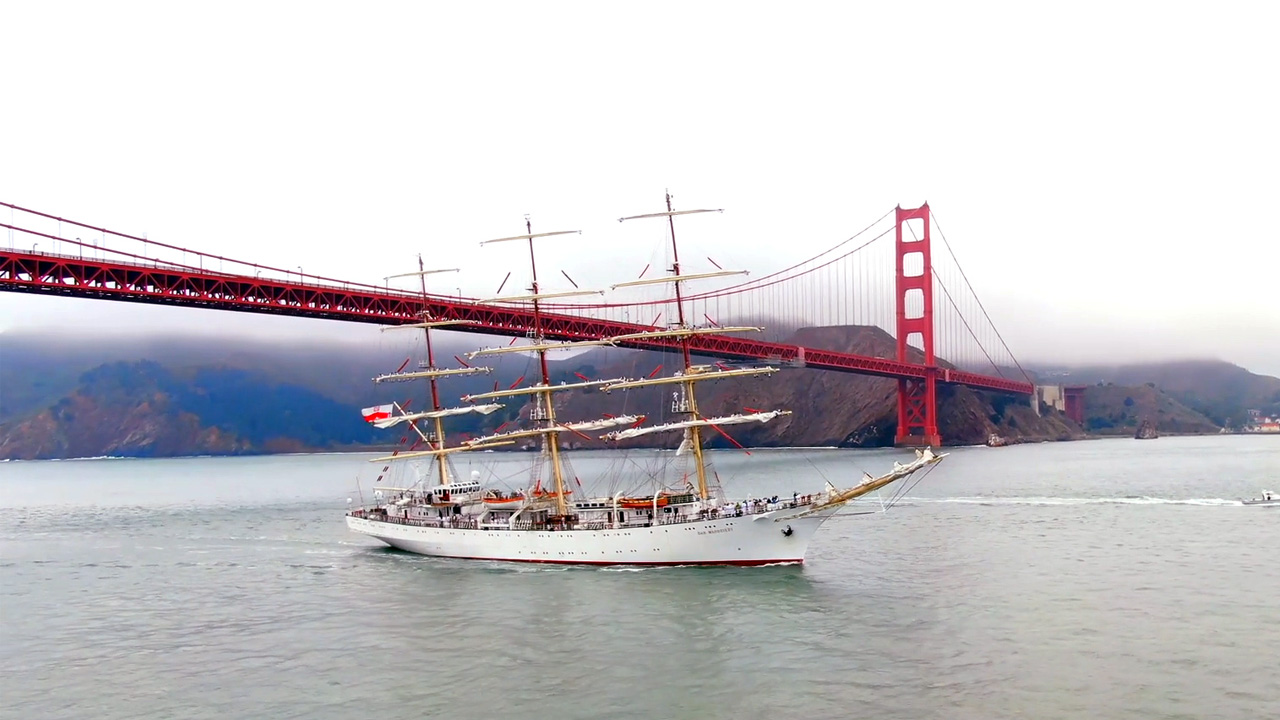 The Polish youth ship Dar Mlodziezy enters through the Golden Gate for a three day stop in San Francisco.