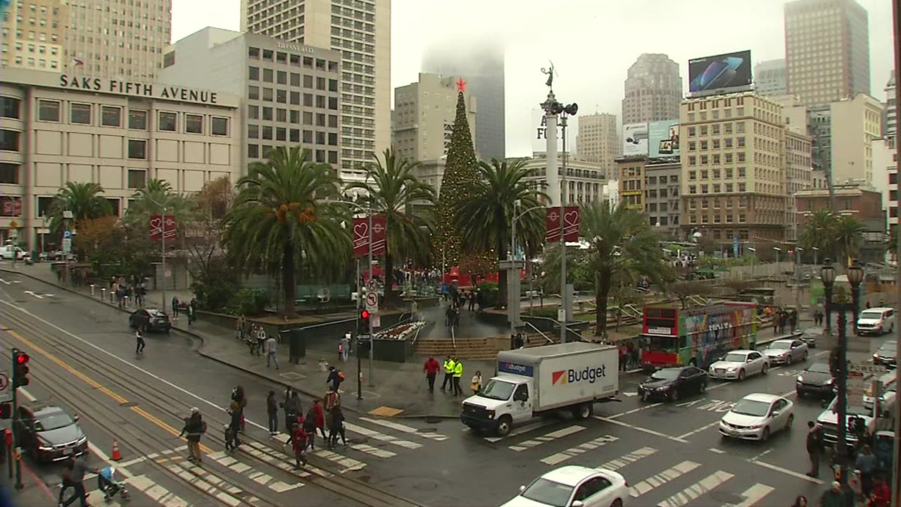 San Franciscos Union Square decorated for the holidays. Dec. 21, 2018
