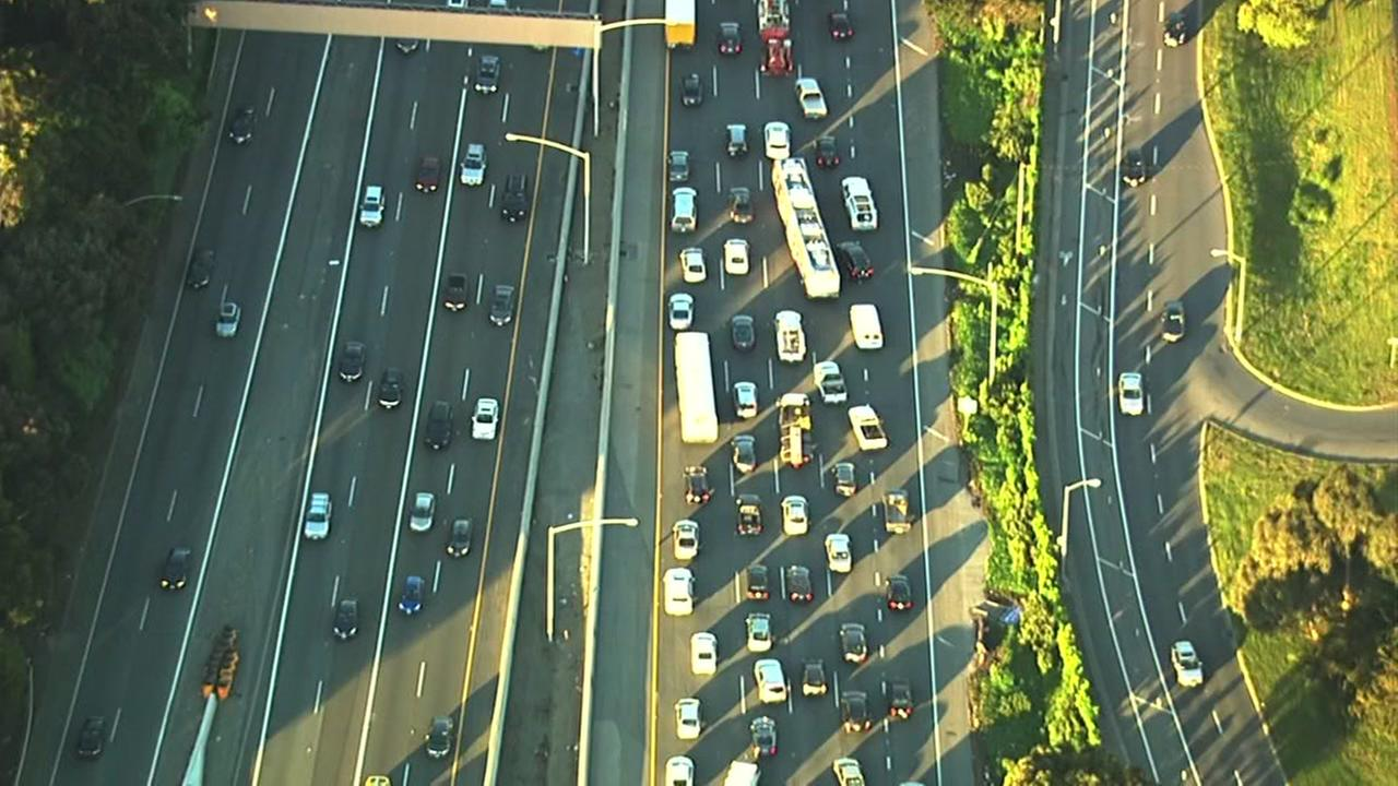 Traffic backs up on southbound I-280 near Alemany Blvd. in San Francisco on Monday, March 28, 2016.