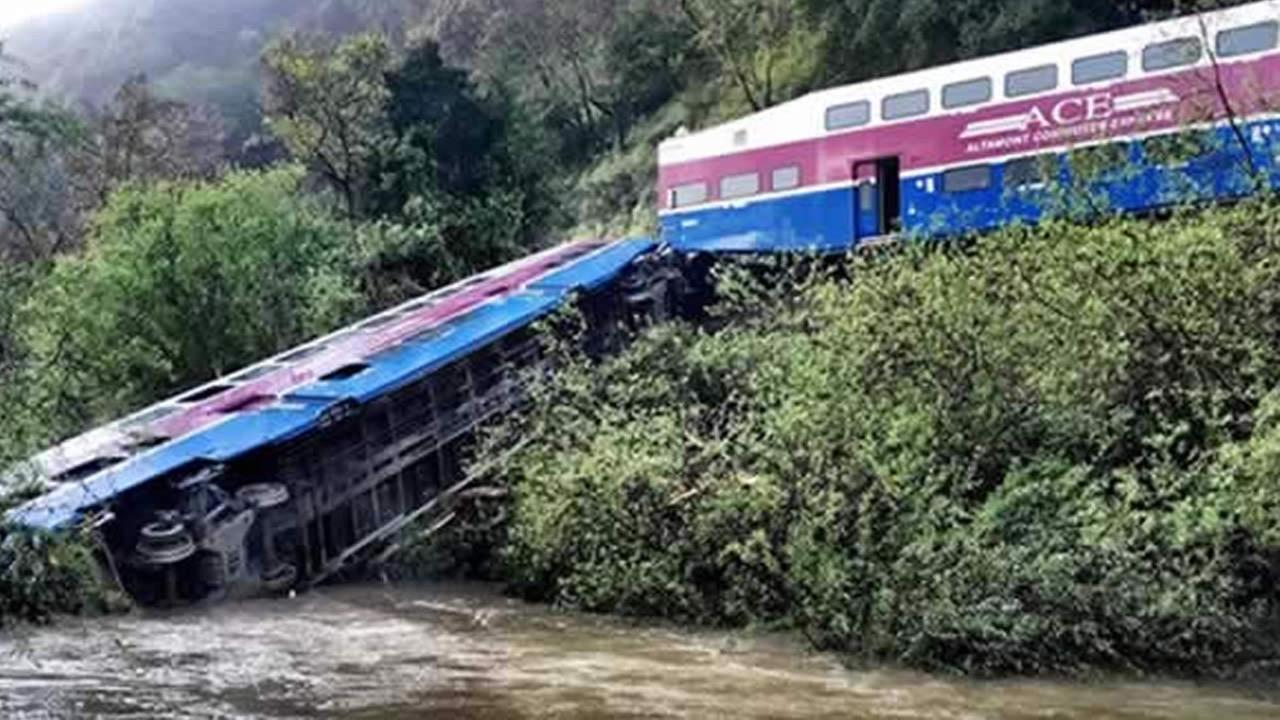 An ACE train that derailed near Sunol, Calif. is pictured on Tuesday, March 8, 2016.