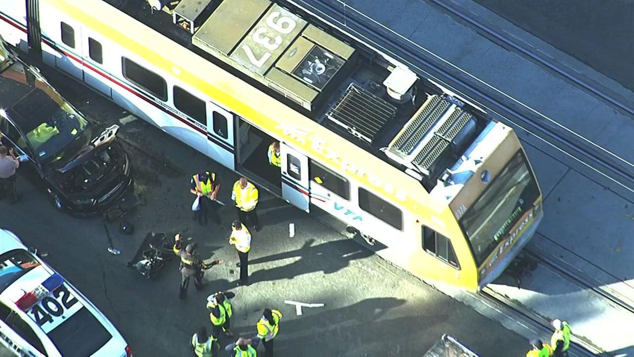 VTA accident in San Jose, Tuesday, April 5, 2016.