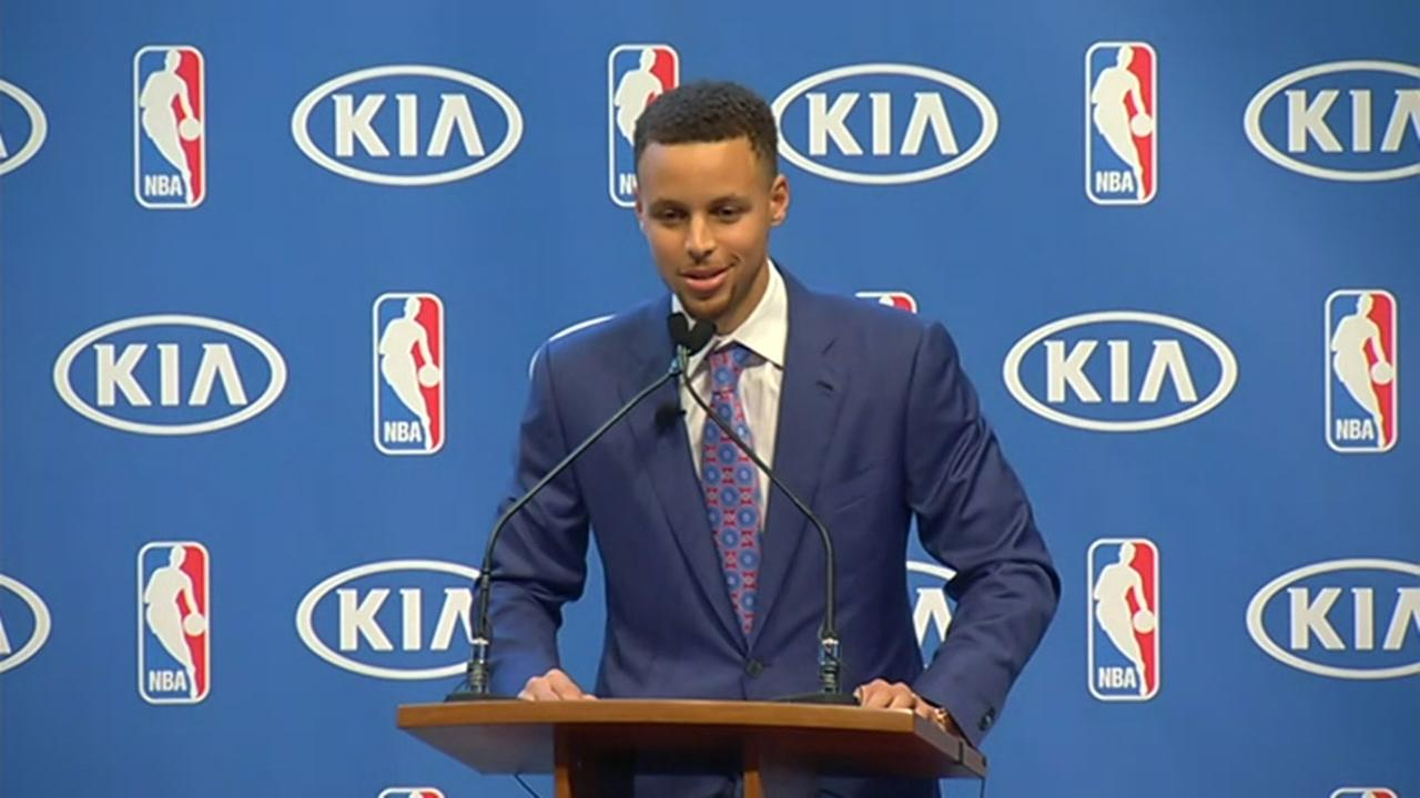 RAW VIDEO Golden State Warriors Steph Curry Accepts NBA MVP Trophy