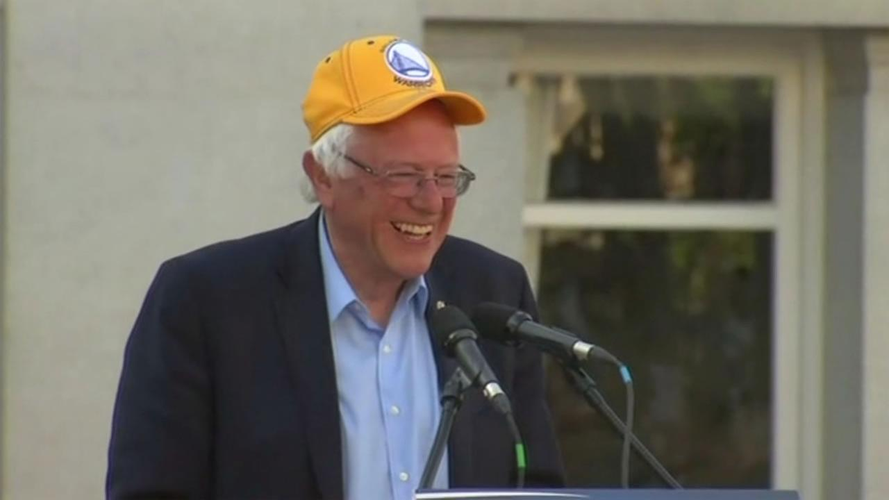 Bernie Sanders showed his Warriors pride at a rally in Oakland, Calif. on Monday, May 30, 2016.