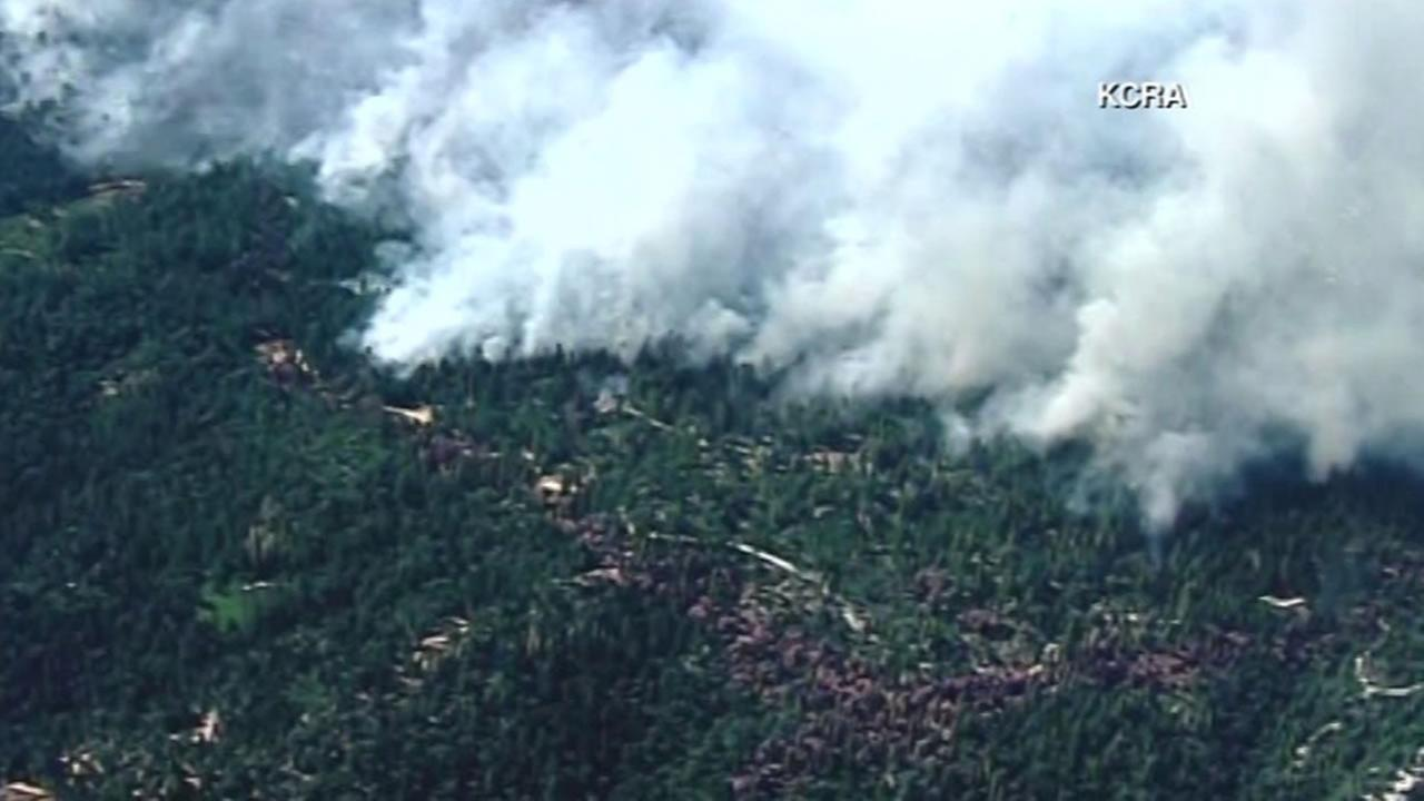 This image shows the Trailhead Fire thats burning in El Dorado County on July, 1, 2016.