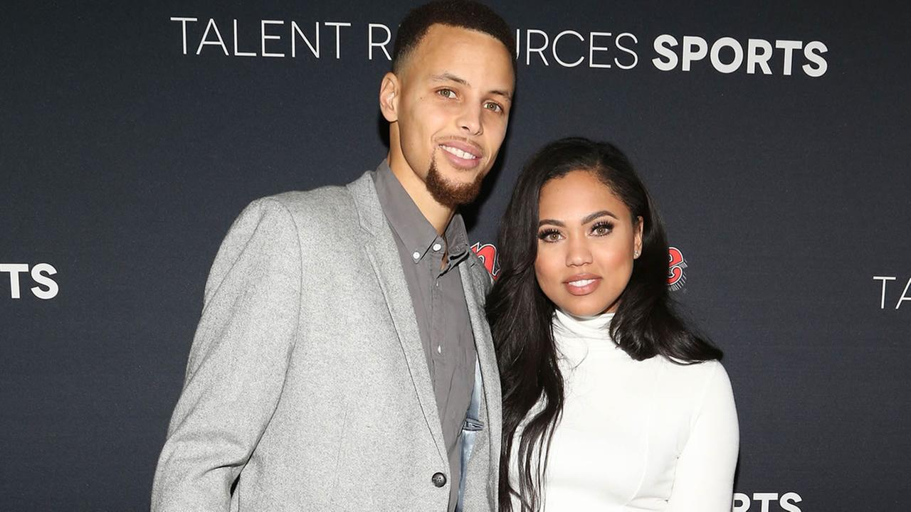 Stephen Curry and Ayesha Curry arrive at the Super Bowl 50 Rolling Stone Party at The Galleria at the San Francisco Design Center on Saturday, Feb. 6, 2016, in San Francisco. (Photo by Omar Vega/Invision/AP)