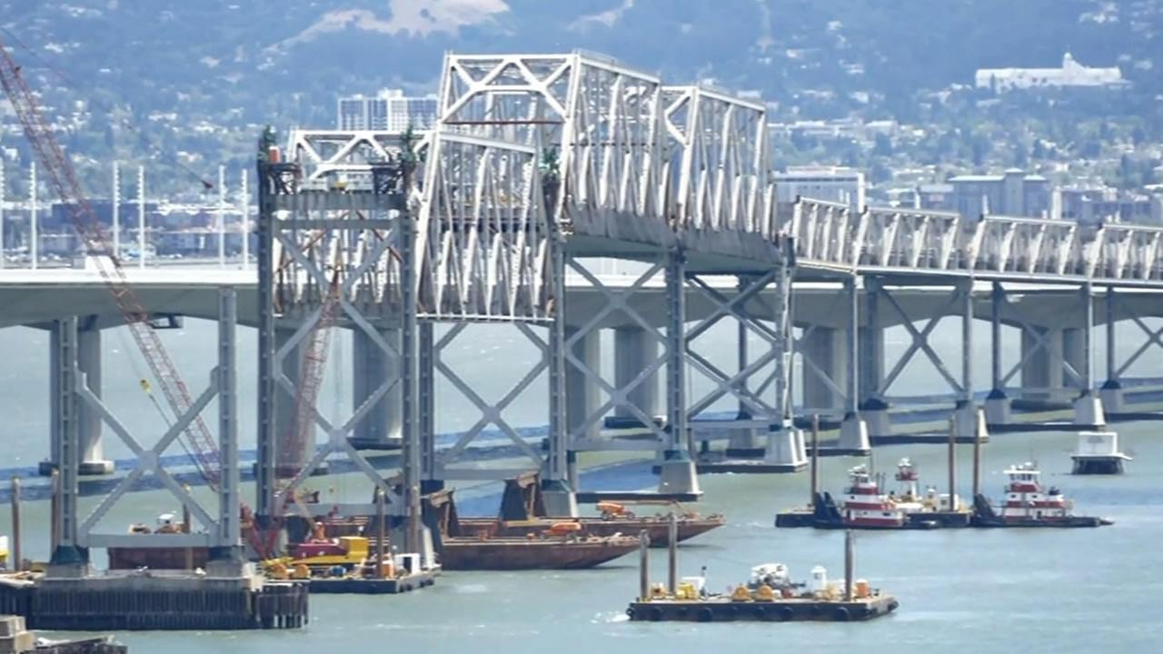 This image shows Caltrans workers removing the final truss of the old Bay Bridge on August 10, 2016.