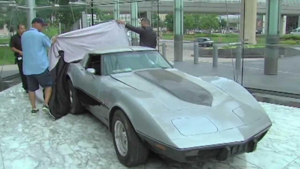 A Detroit man has every reason to thank a hometown company for reuniting him with his beloved Chevy Corvette, stolen some three decades ago.