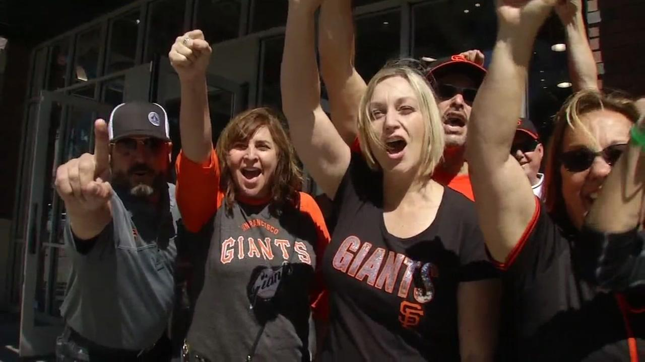 San Francisco Giants fans get excited for a game against the Dodgers at AT&T Park on Friday, September 30, 2016.
