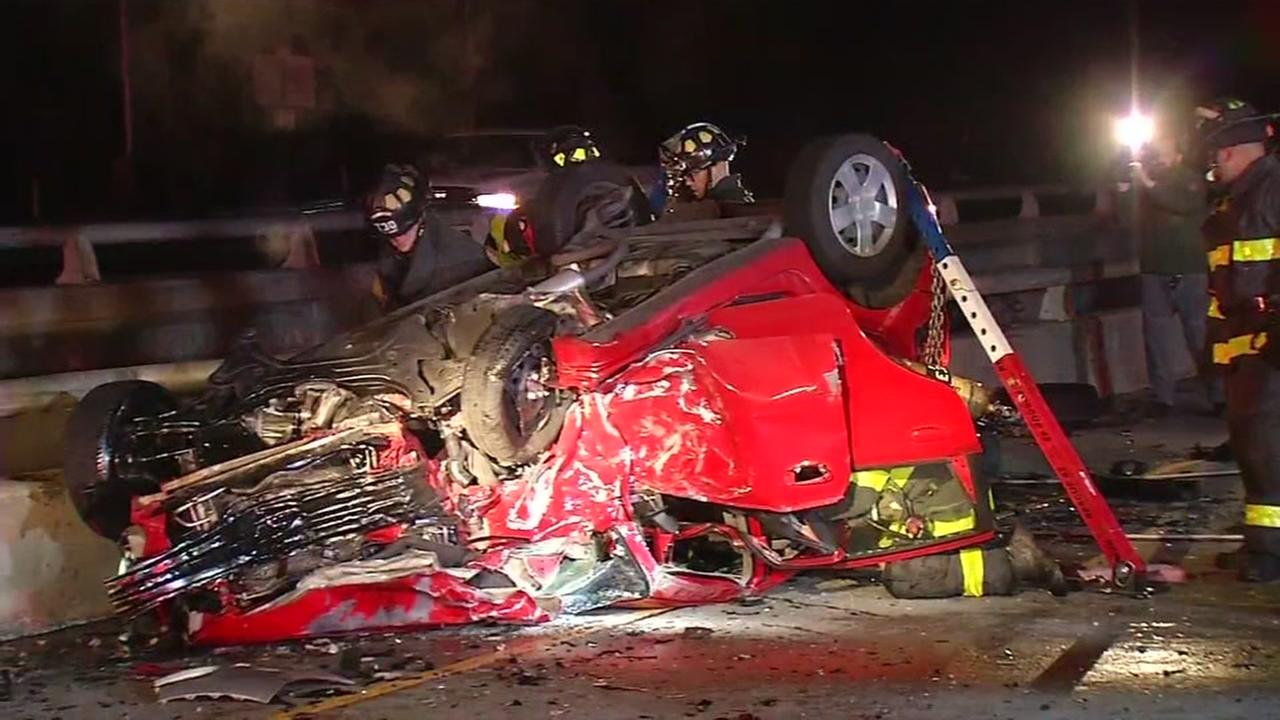 Accident blocks several lanes of I-280 in San Jose, California, Wednesday, December 28, 2016.
