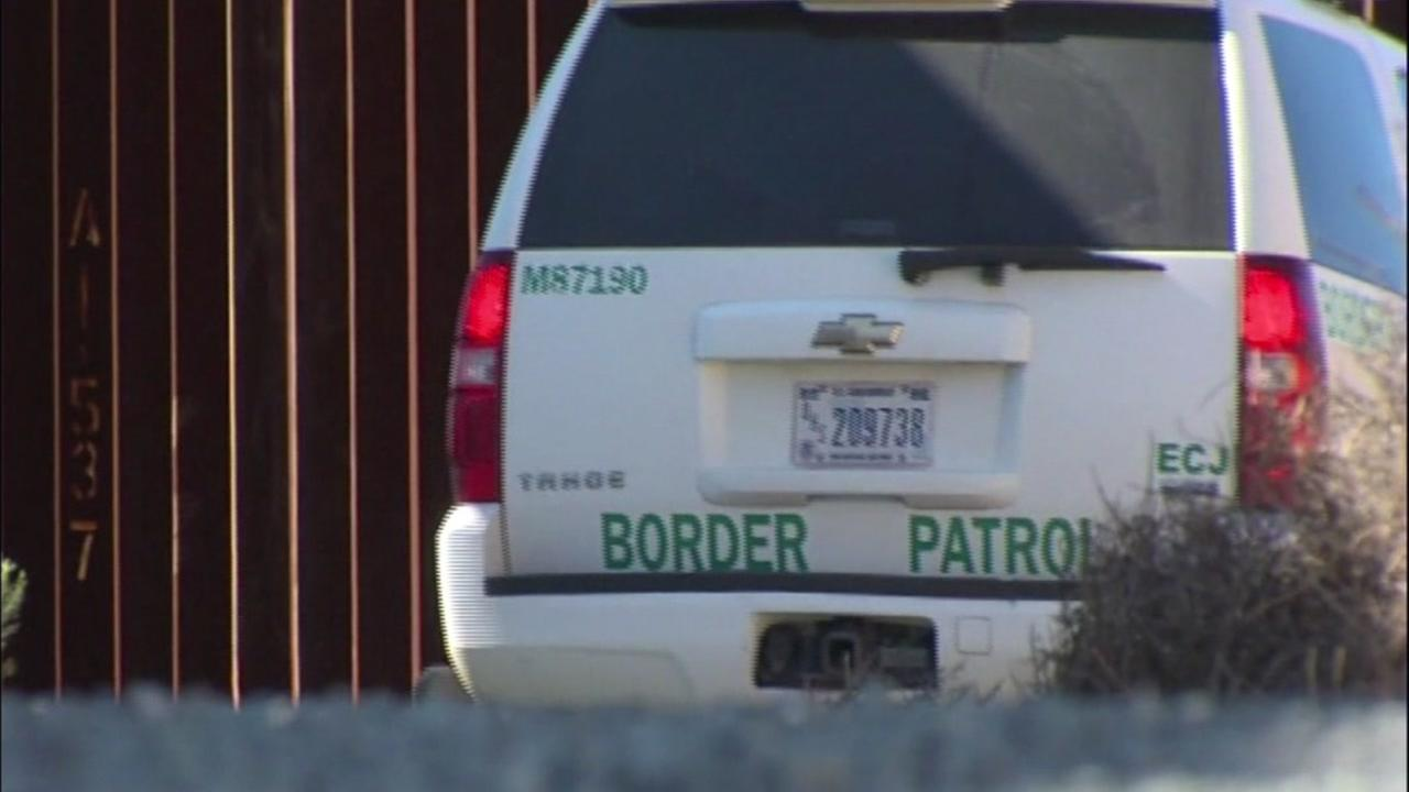 Oakland lawmakers pass border wall company boycott