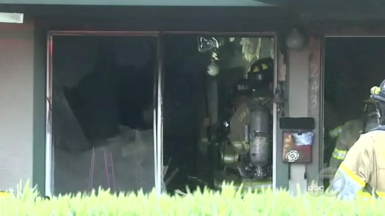 Elderly man dies in Pleasant Hill apartment fire