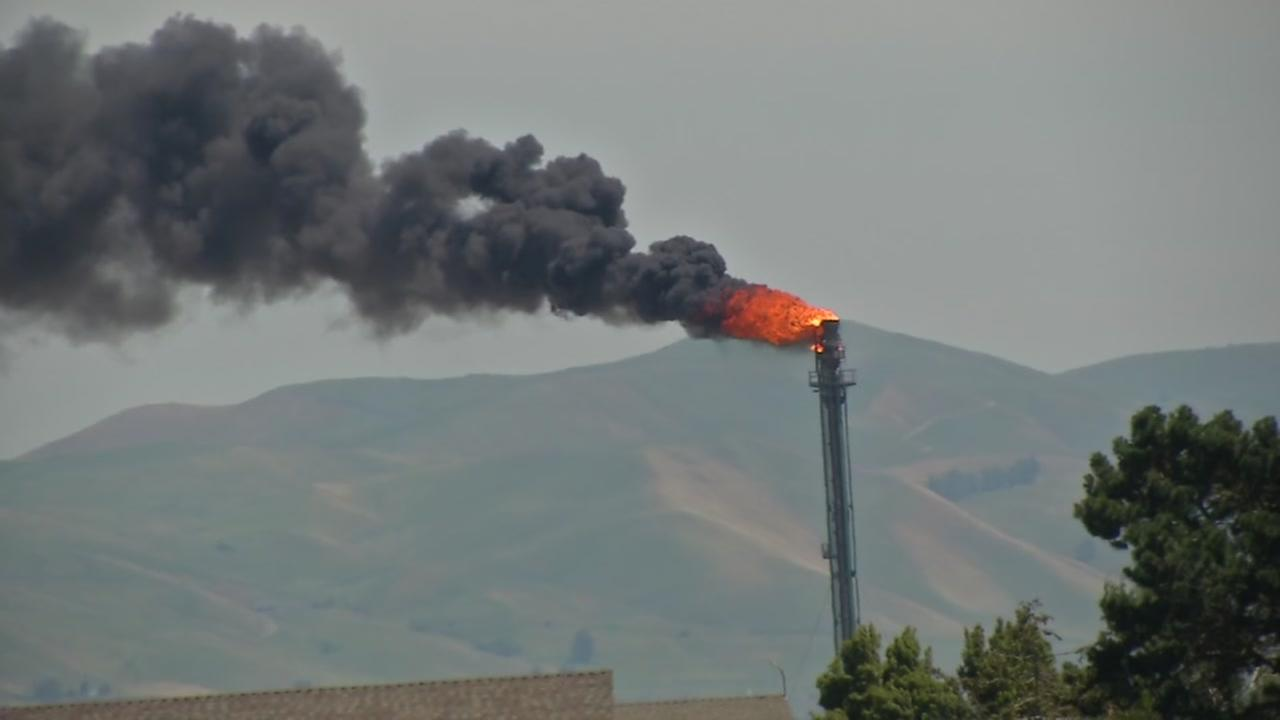 This image shows flaring at the Valero Refinery in Benicia, Calif.