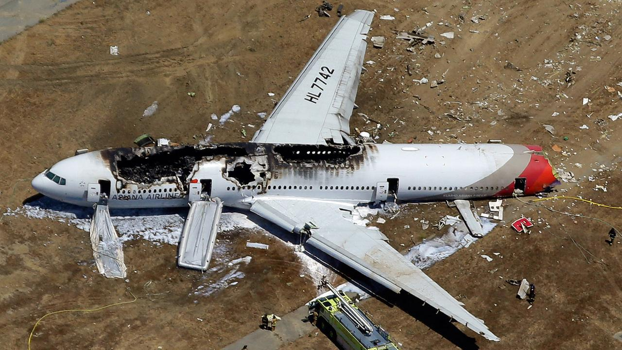 Asiana points finger at Boeing for SFO crash