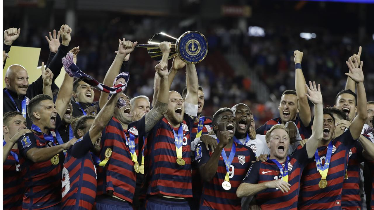 The United States team celebrates their Gold Cup win in Santa Clara, Calif. on July 26, 2017.