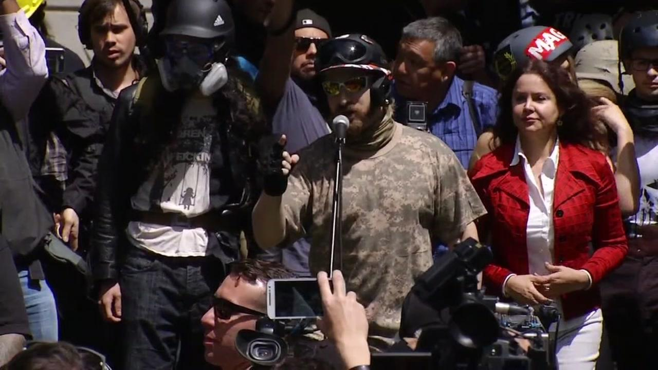 Berkeley police ask residents to stay home ahead of political rally
