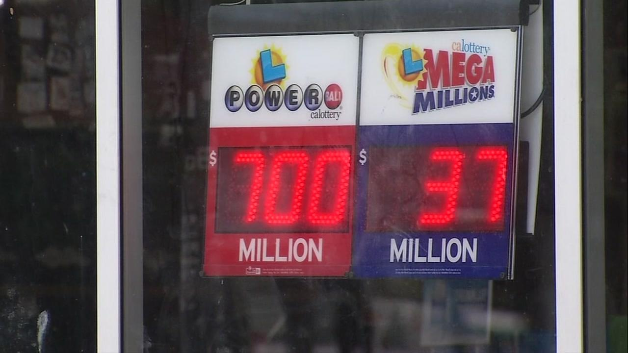 The Powerball winnings appear on a sign in Emeryville, Calif. on Wednesday, Aug. 23, 2017.