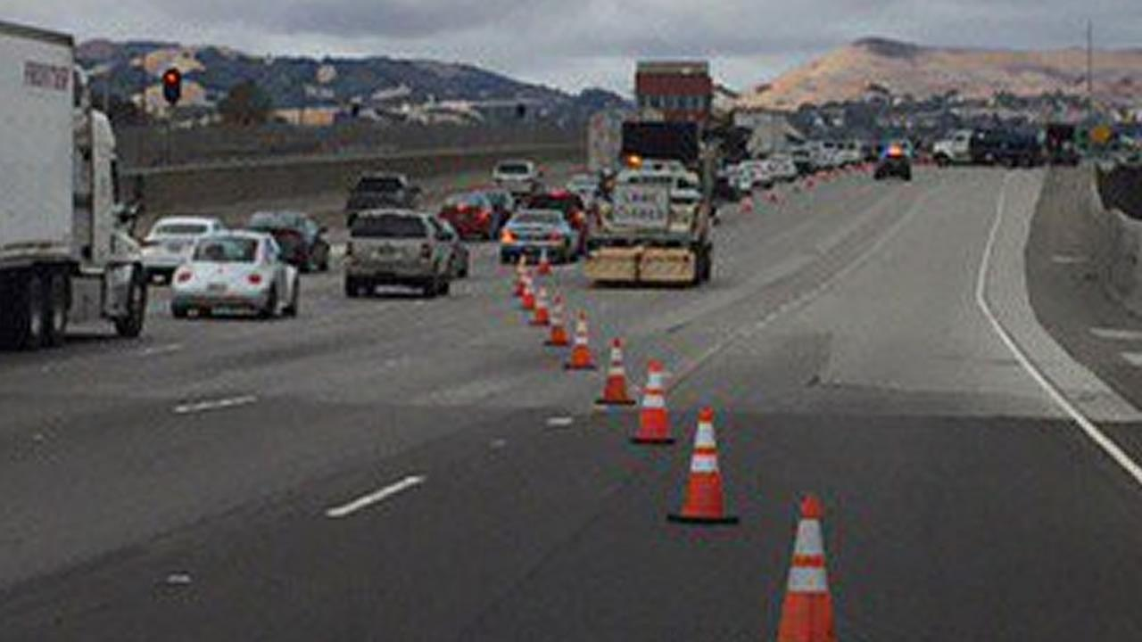 CHP reopen two lanes after major accident closes westbound 580