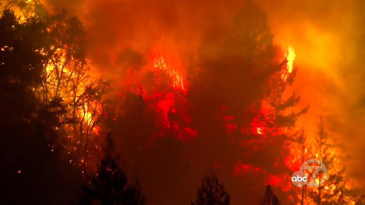 A wildfire burns in the Santa Cruz Mountains on Tuesday, Oct. 17, 2017.