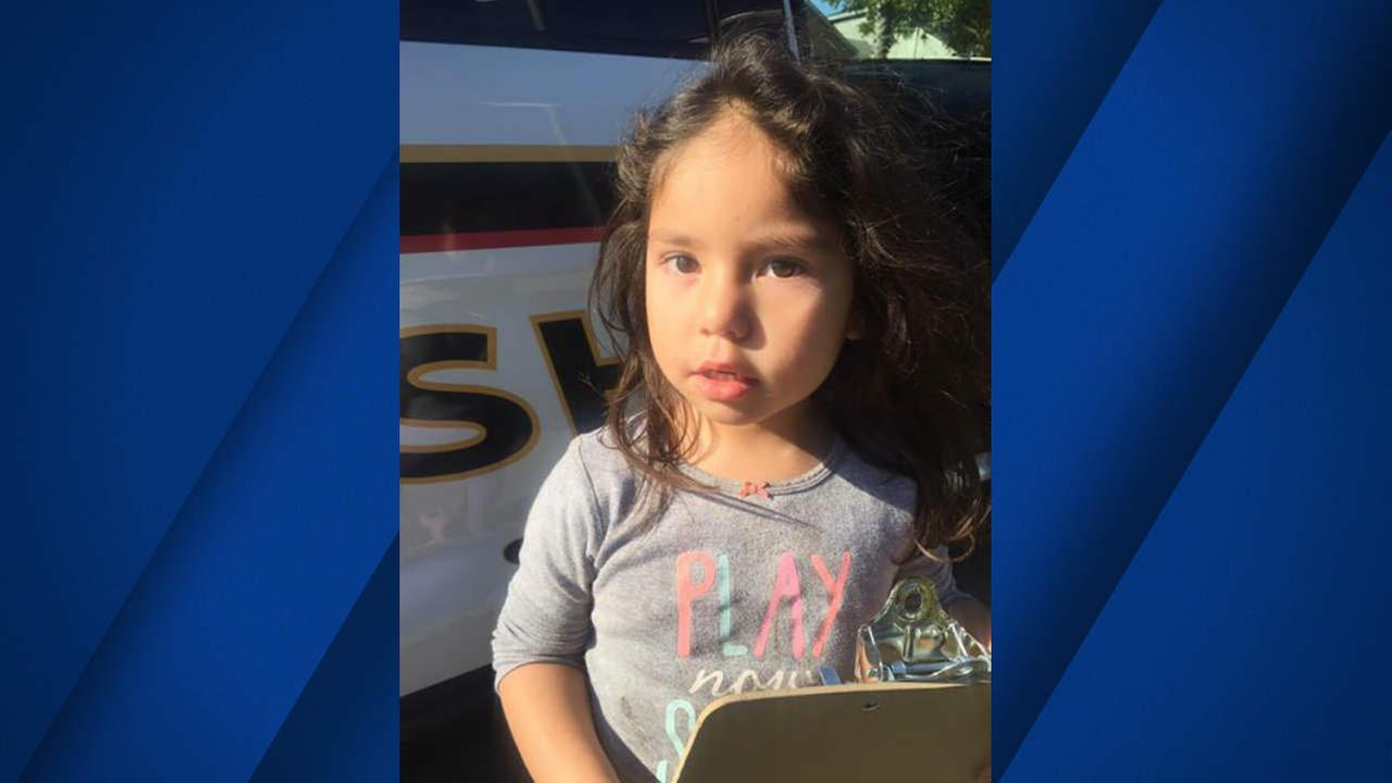 The Solano County Sheriffs Department is asking for help finding anyone who may know this girl who was found in the Benicia Rd and Sperry Ave area in Vallejo.