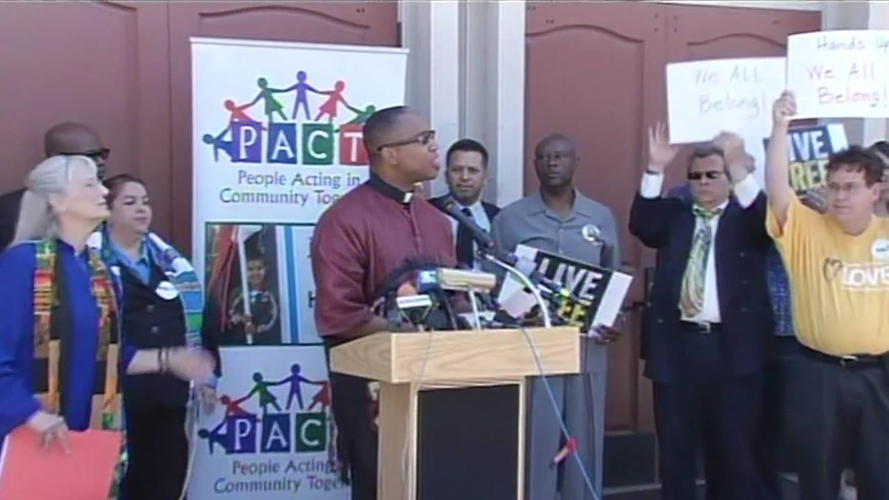Bay Area clergy calls for solidarity with Ferguson, Mo.