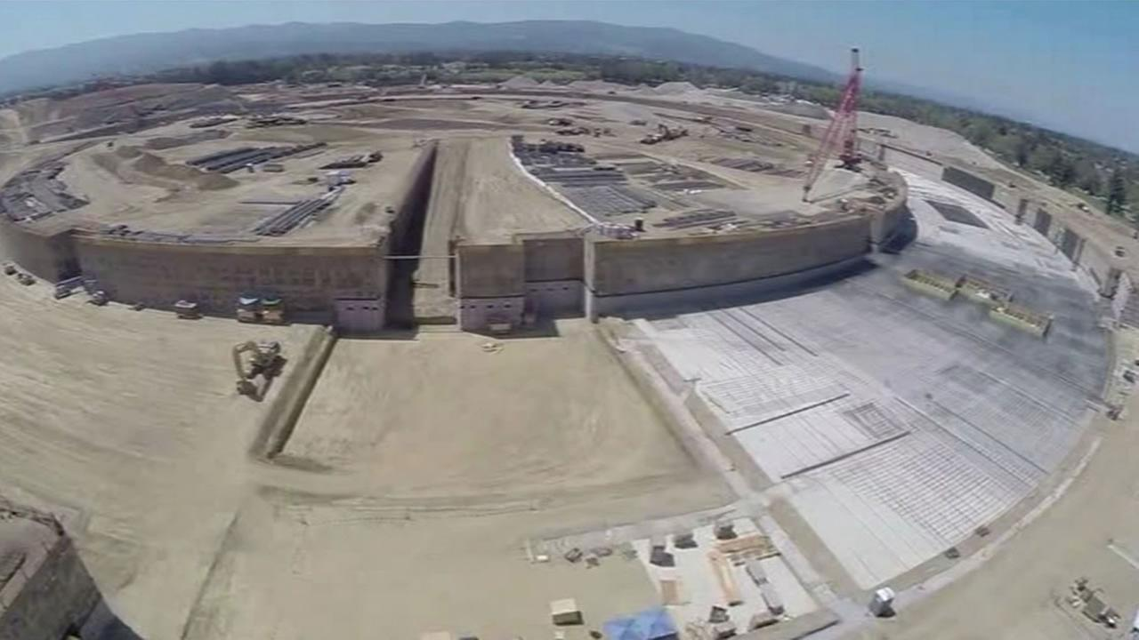Image of the construction of the Apples Campus 2.