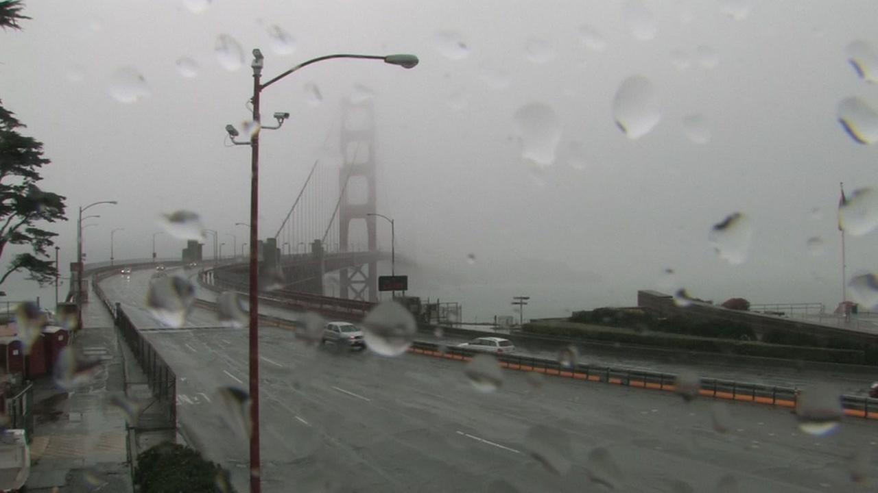 Rain falls on the Bay Bridge on Wednesday, Jan. 24, 2018.