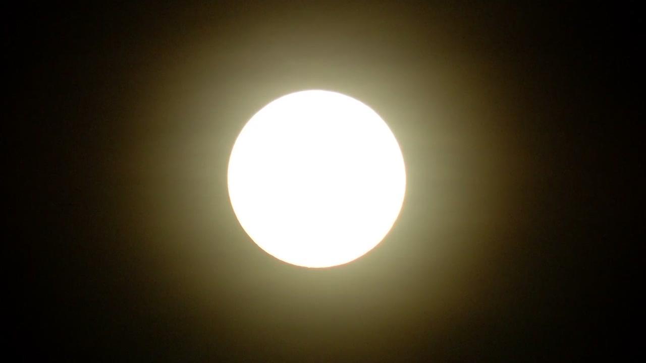 013018-kgo-moon-bright-img_Image_20-41-18,00.jpg