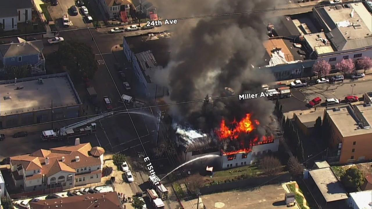 Sky7 was over a fire at an abandoned library in Oakland, Calif. on Friday, Feb. 23, 2018.