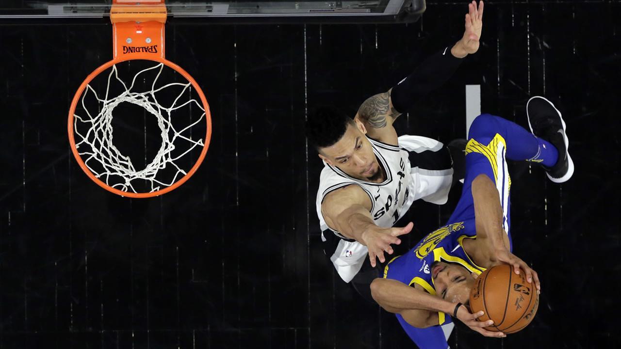 The Golden State Warriors take on the San Antonio Spurs in San Antonio on Thursday, April 19, 2018.