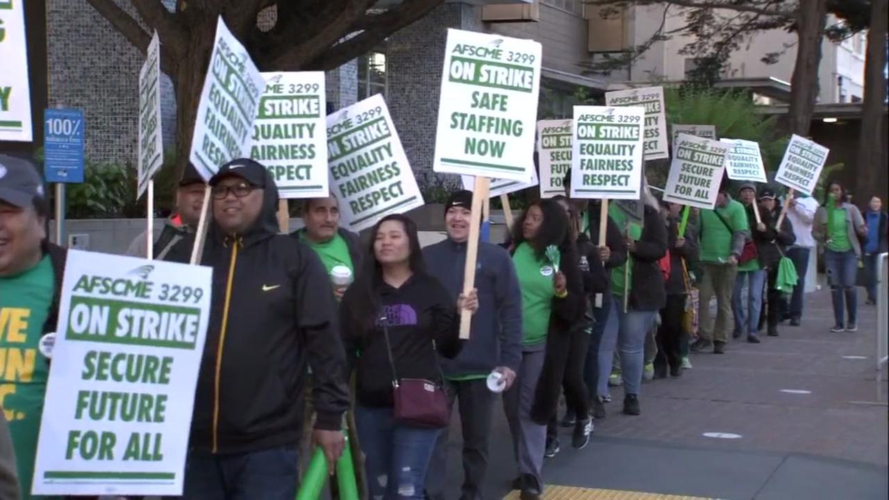 UC health care workers picket in front of UCSF Medical Center on Monday, May 7, 2018.