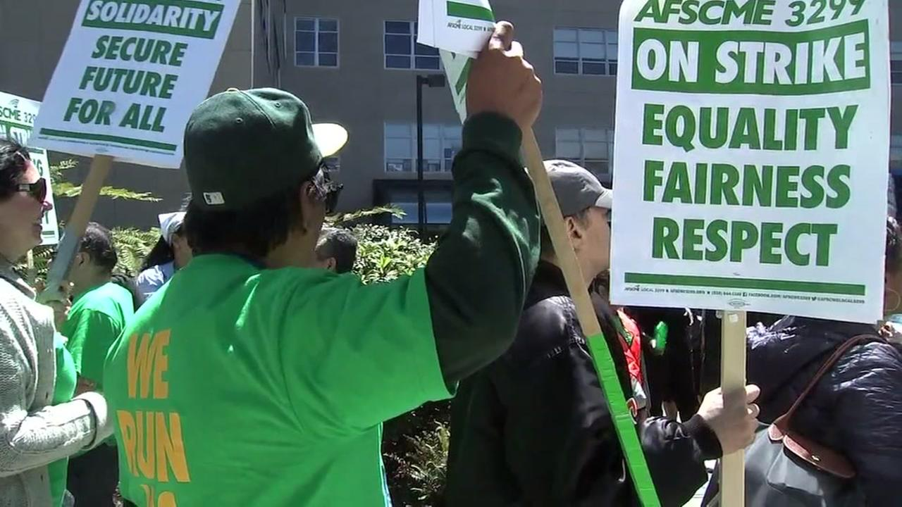 Workers strike at UCSF Childrens Hospital on Monday, May 7, 2018.